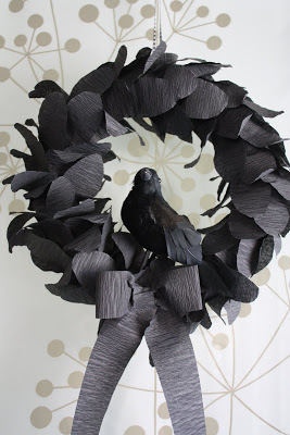 Crow Wreath | Katydid and Kid | Craft Collector