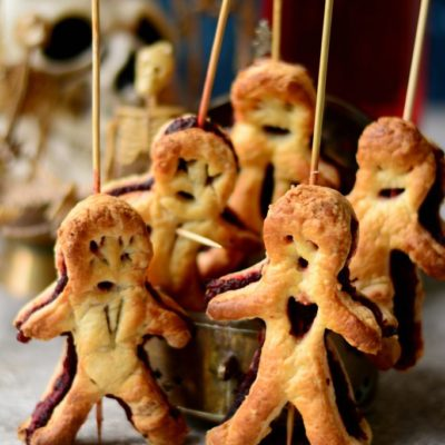 Voodoo Pastry Dolls | Love is in My Tummy | Craft Collector
