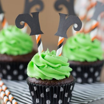 Witch Feet Cupcake | Cup of Cake | Craft Collector