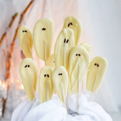 Ghost Pops | Mitzy at Home | Craft Collector