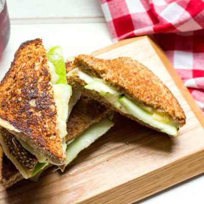 Green Apple Gouda Grilled Cheese | Sugar Loves Spices | Craft Collector