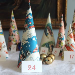 Cone Tree Calendar | Boxy Colonial | Craft Collector