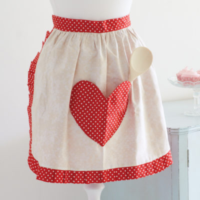 Heart Pocket Apron | Sew and So | Craft Collector